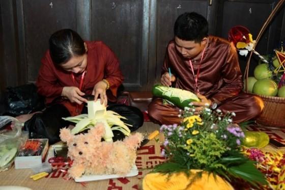 Mid-Autumn festival raises over VND1 billion for handicapped children