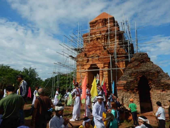 Tưng bừng Lễ hội Katê của đồng bào Chăm Bình Thuận ảnh 5