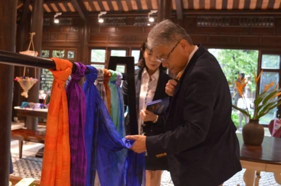 Cửa hàng thủ công mỹ nghệ tiêu biểu Quảng Nam đi vào hoạt động ảnh 2