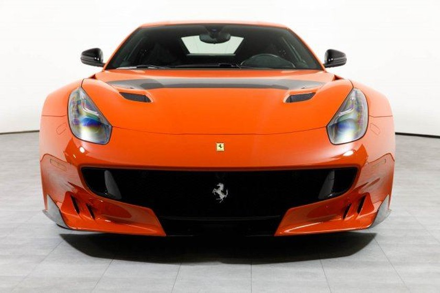 Vẻ đẹp của chiếc Ferrari F12tdf có giá bán siêu đắt đỏ trên thế giới, giá từ 31,8 tỷ Đồng - Ảnh 1.