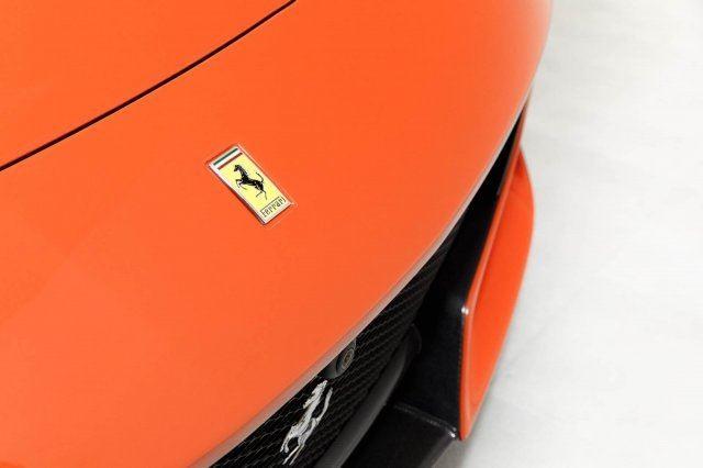 Vẻ đẹp của chiếc Ferrari F12tdf có giá bán siêu đắt đỏ trên thế giới, giá từ 31,8 tỷ Đồng - Ảnh 15.