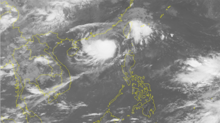 8th typhoon heads for north of East Sea ảnh 1