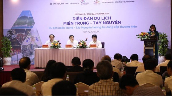 Localism impedes central region's tourist development ảnh 1